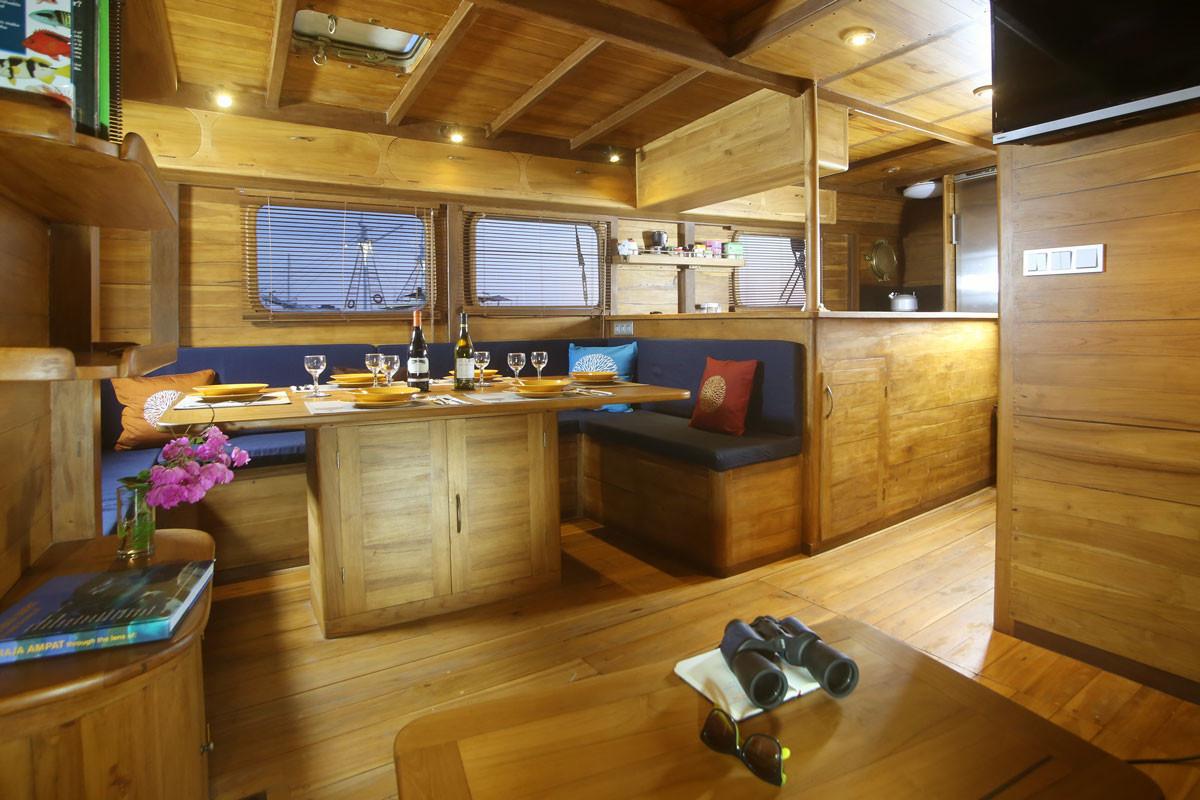 Mantra Boat Cruise 2.jpg