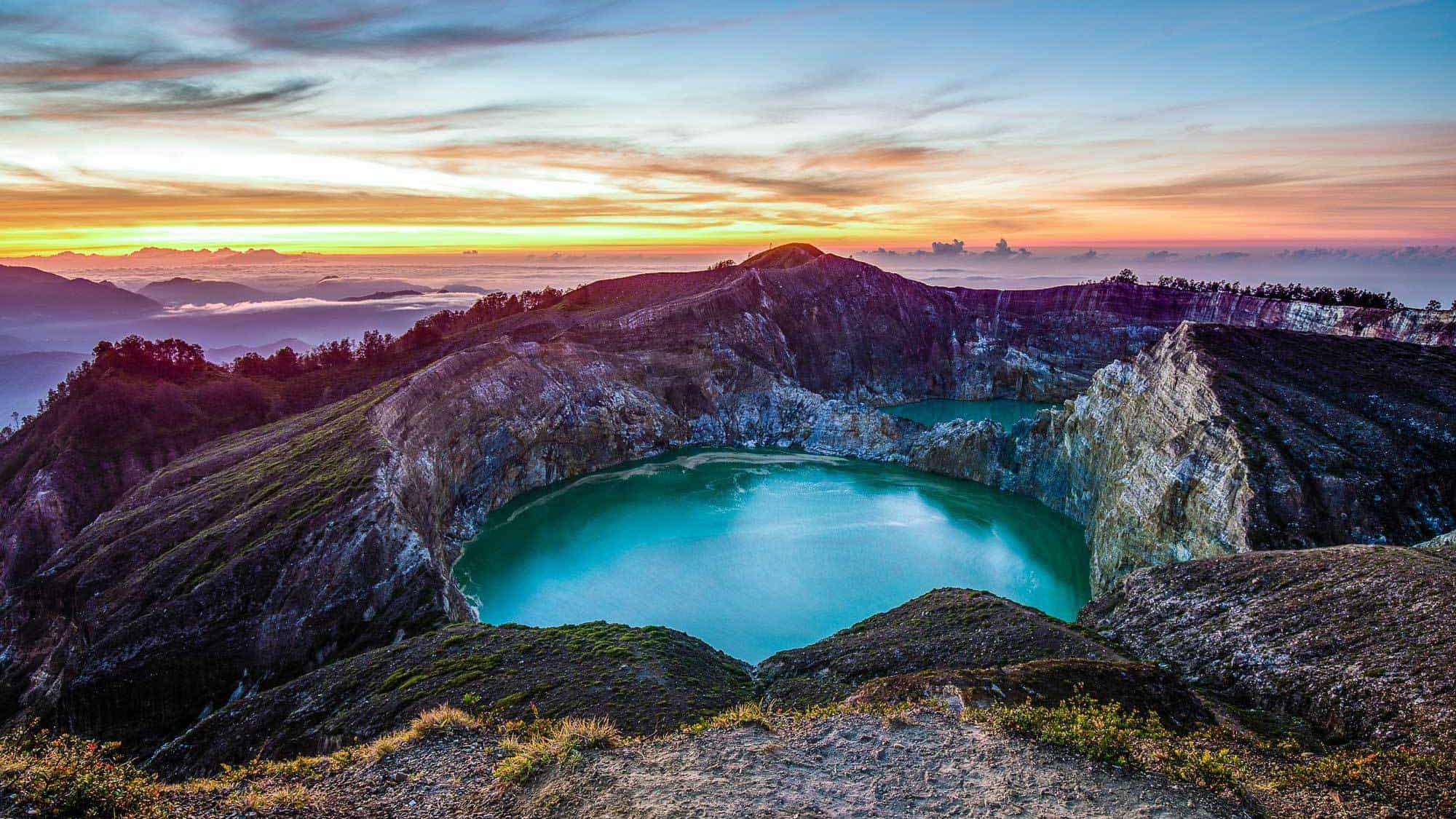 kelimutu-volcano-lake-flores-indonesia-sunset.jpg