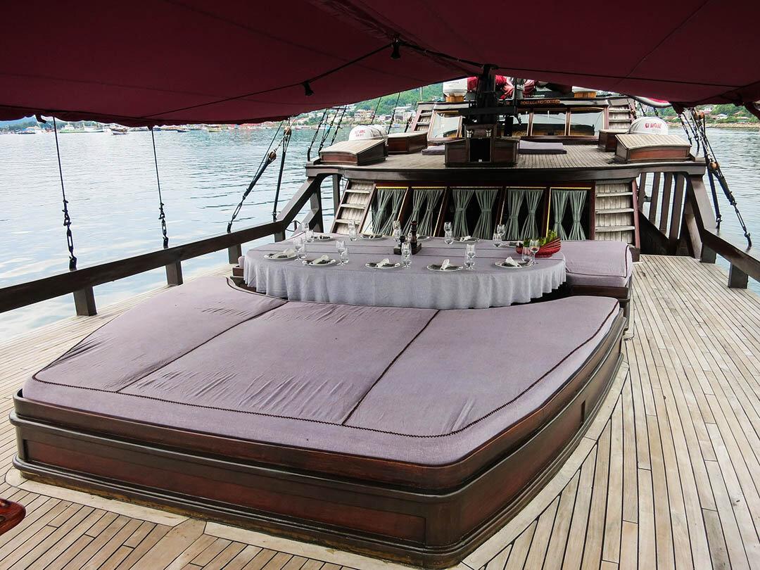 Manta Mae Boat - Deck.jpg