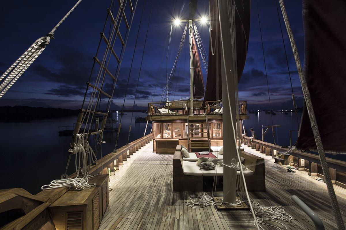 Enjoy The Night - Tiare Boat.jpg