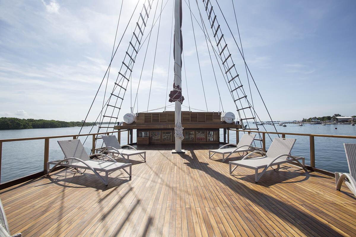 Tiare Boat Deck.jpg