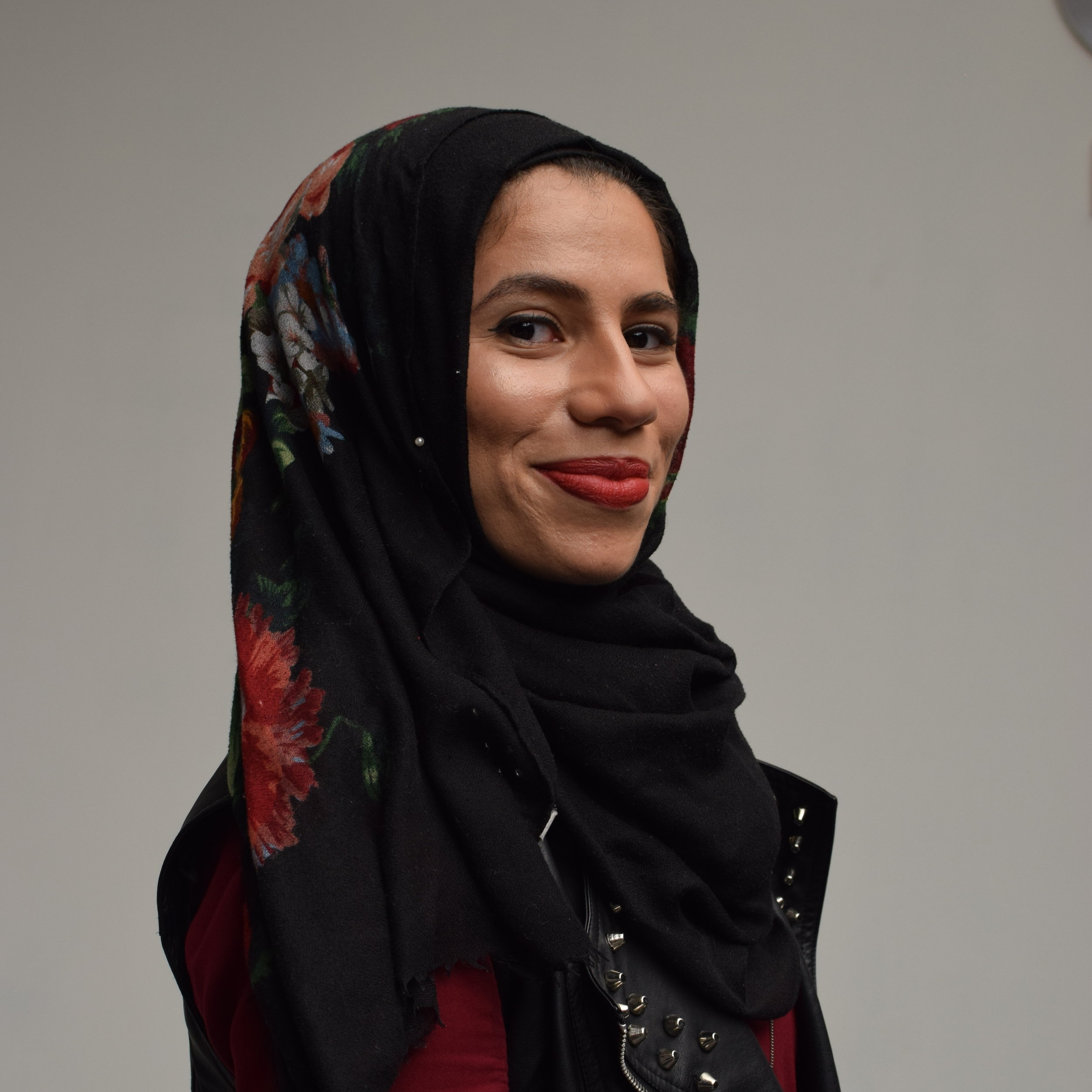 AMIRA    Ragda Izar is a recent graduate from the University of Illinois at Chicago and is pursuing a career in medicine with a focus on underserved communities. Izar is currently producing her podcast,  3ayb , a series that explores taboo issues in MENA culture. She plays the outlandish Amira in  The Girl Deep Down Below.