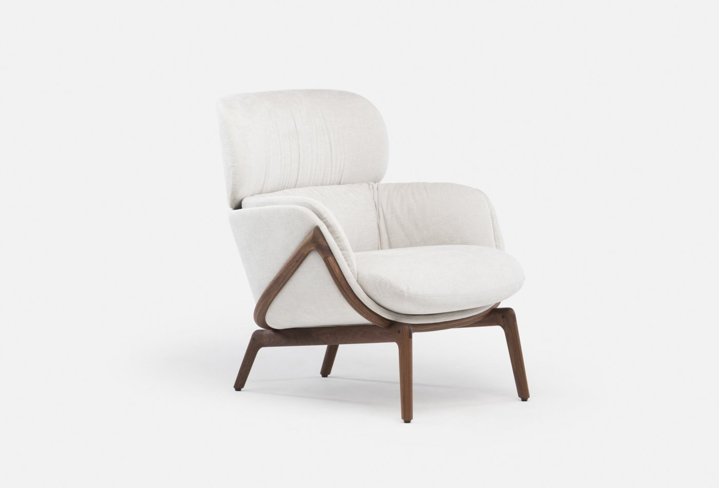Elysia_Lounge_Chair_by_Nichetto_in_walnut_and_Maple_102_fabricweb_1400x951.jpg