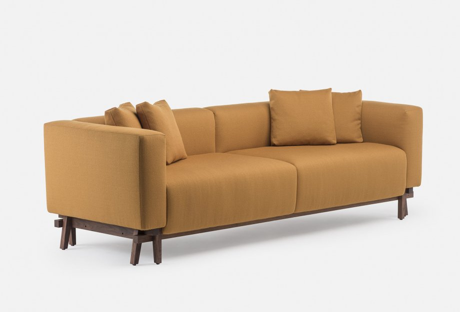 788_Sofa_Eight_by_NeriHu_in_walnut_and_Vidar_2_472web_920x625.jpg
