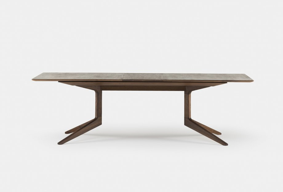 341E_Light_Extending_Table_by_Matthew_Hilton_in_walnut_withoneleafweb_920x625.jpg
