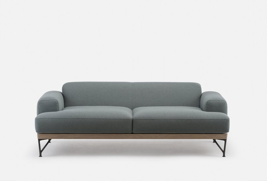 386M_Armstrong_Sofa_by_Matthew_Hilton_in_white_oiled_oak_and_Coda_2_962___frontweb_920x625.jpg