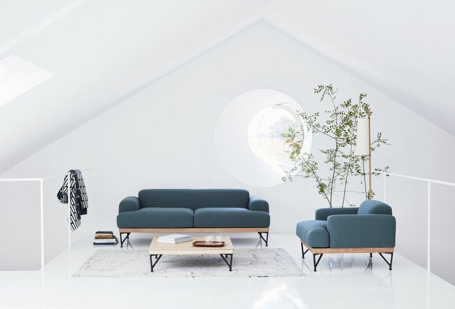 Armstrong_sofa_armchair_coffee_table_Pole_light_by_Matthew_Hilton_photo_by_Yuki_Sugiura_web_920x625.jpg