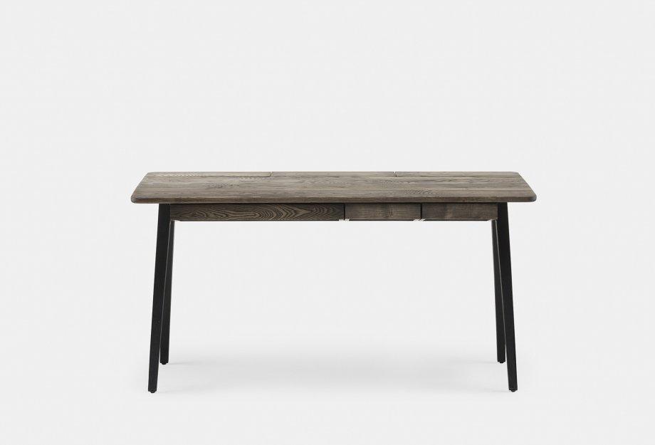 365_Orson_Desk_by_Matthew_Hilton_in_black_oiled_ash___frontweb_920x625.jpg