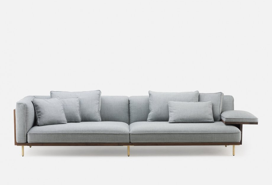 Belle_Reeve_Sofa_by_Nichetto___front_23032018web_920x625.jpg