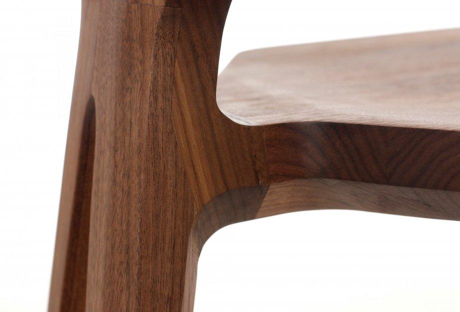 Marys_Chair_by_Matthew_Hilton_detail1_920x625.jpg