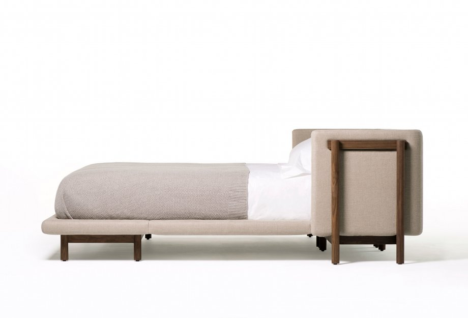 Frame_bed_with_Armswebcolourcorr_920x625.jpg