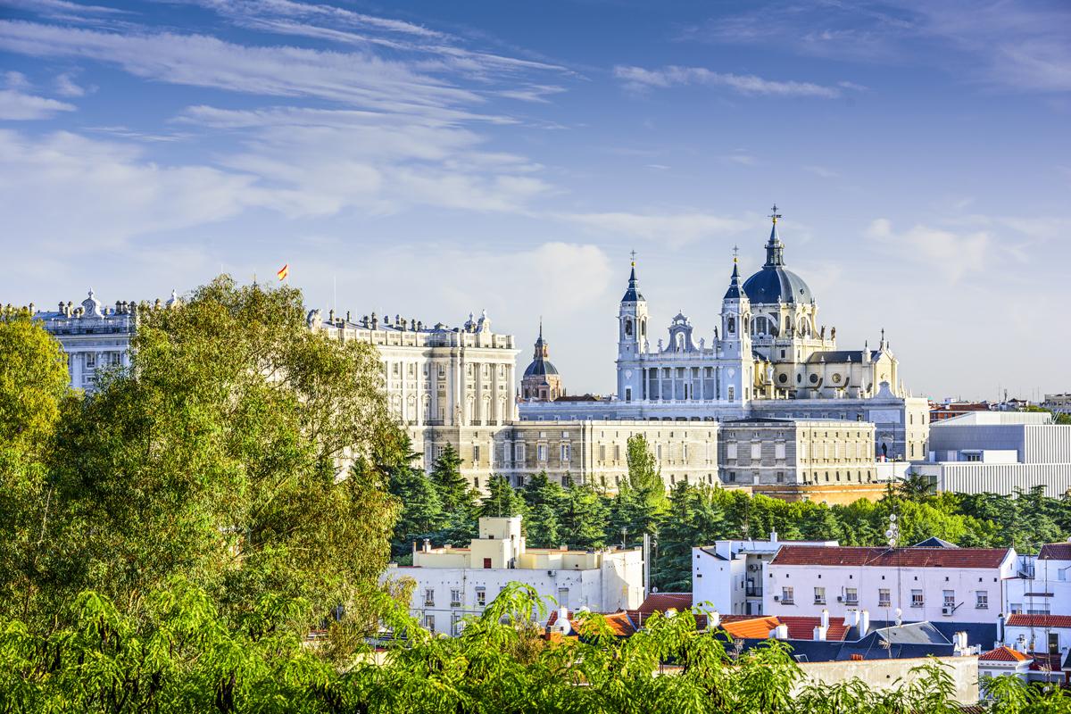 Qué hacer en Madrid. Palacio Real y Catedral de la Almudena.