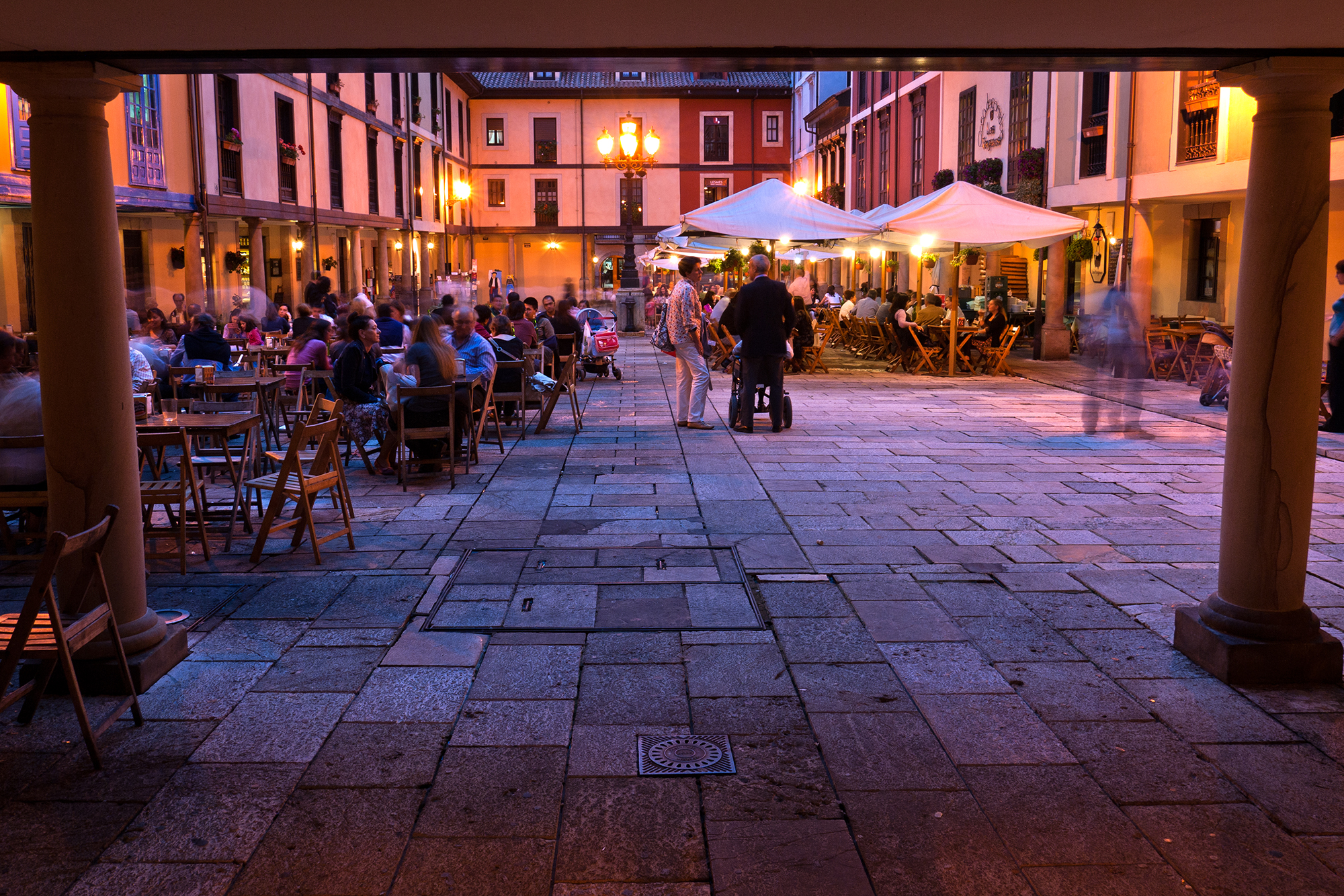 Qué ver en Oviedo - Plaza del Fontán. Foto: Turismo de Asturias - Carlos Salvo.