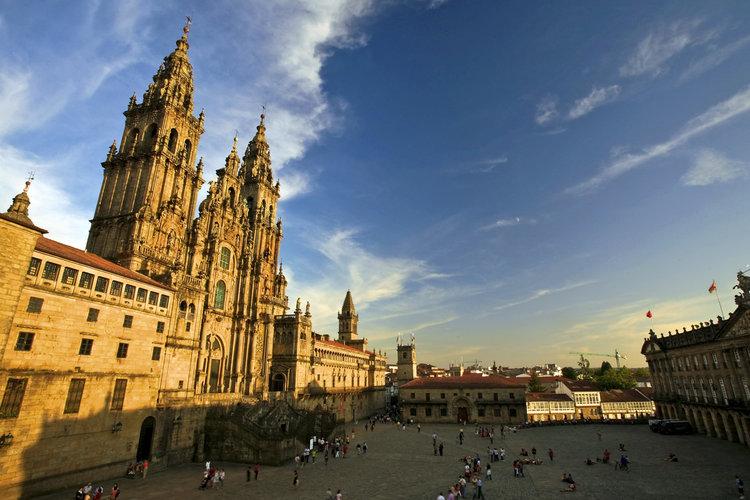 Las 10 plazas más bonitas de España - Plaza del Obradoiro (Santiago de Compostela)