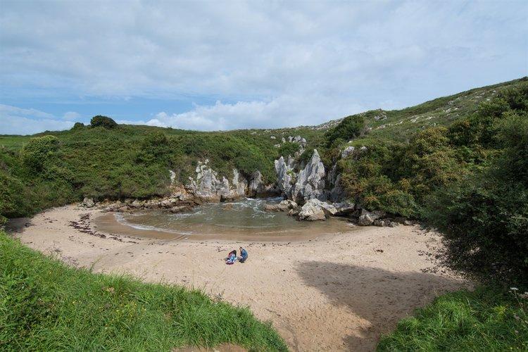Las playas más bonitas de Asturias - Gulpiyuri