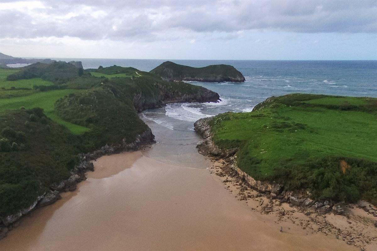 Las playas más bonitas de Asturias - Playa de Poo
