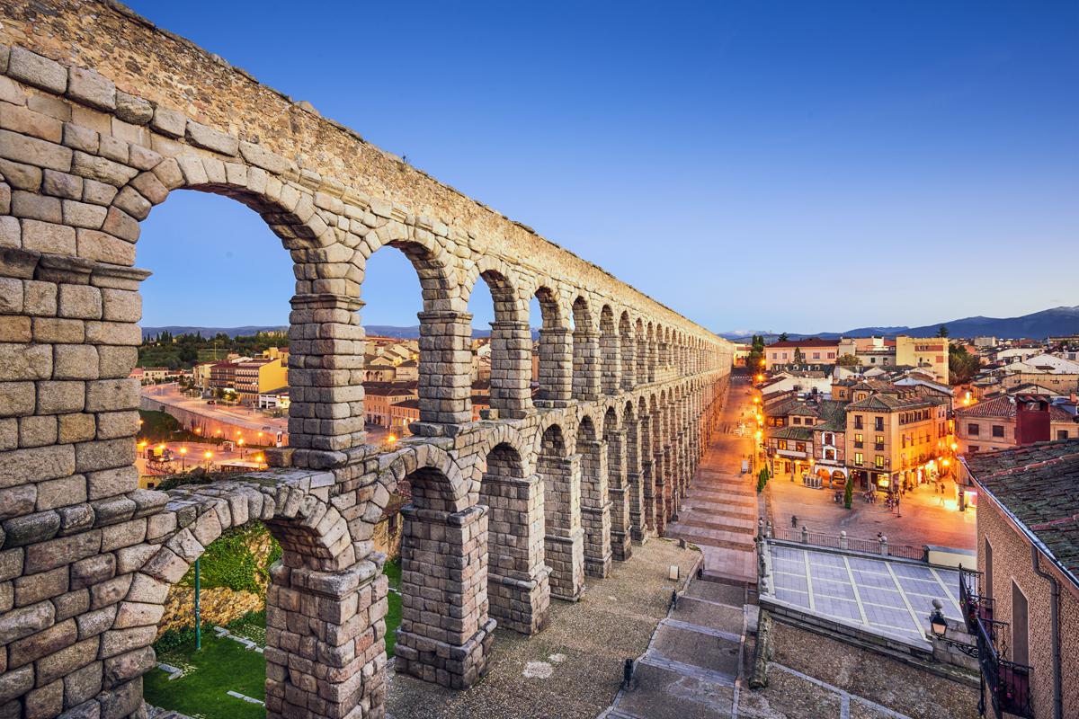 """Las """"huellas romanas"""" más bonitas de España - Acueducto de Segovia"""