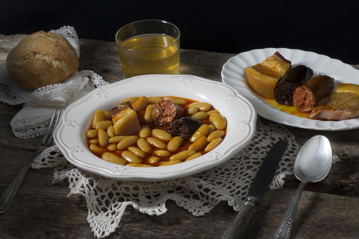 Platos típicos de Asturias - Fabada / Fotografía: Turismo de Asturias - joaquinfanjul.com