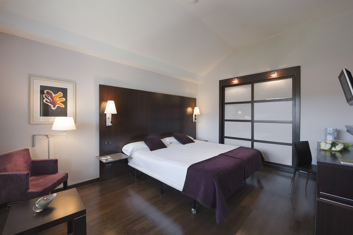 hotel-eurostars-reina-felicia-jaca-huesca.jpg