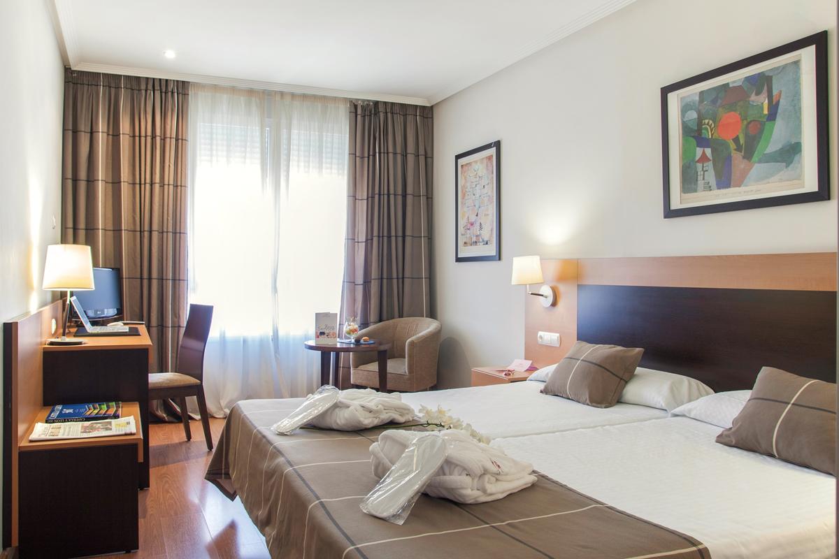 hotel-infantas-de-leon.jpg