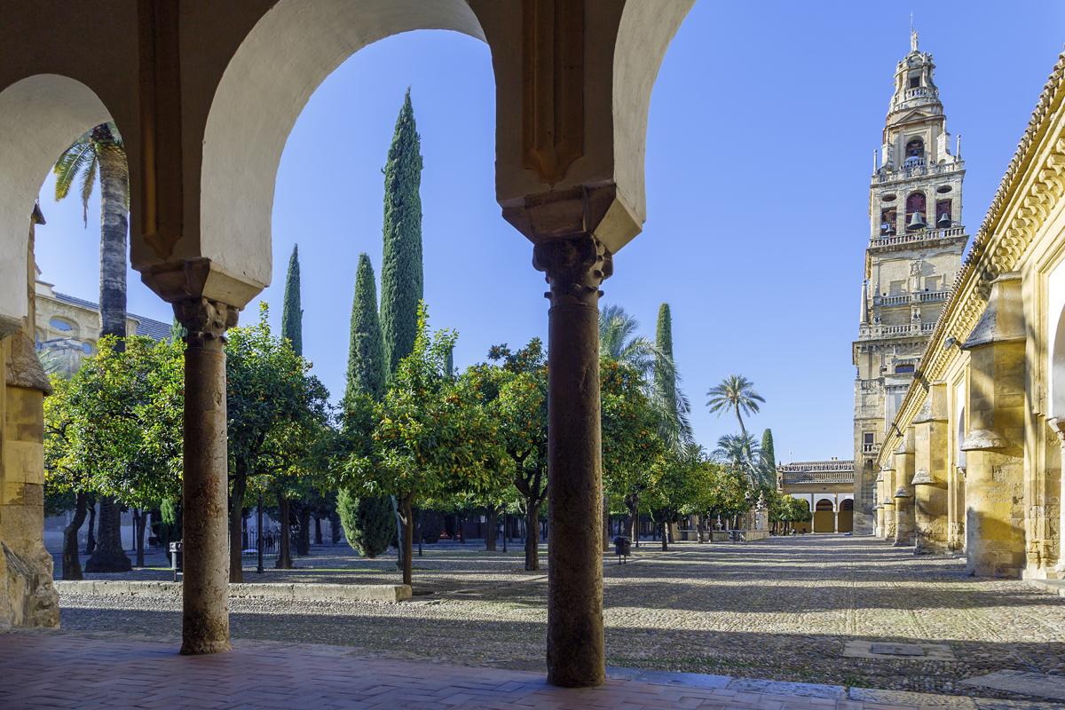 walking-tour-mezquita-juderia-cordoba.jpg