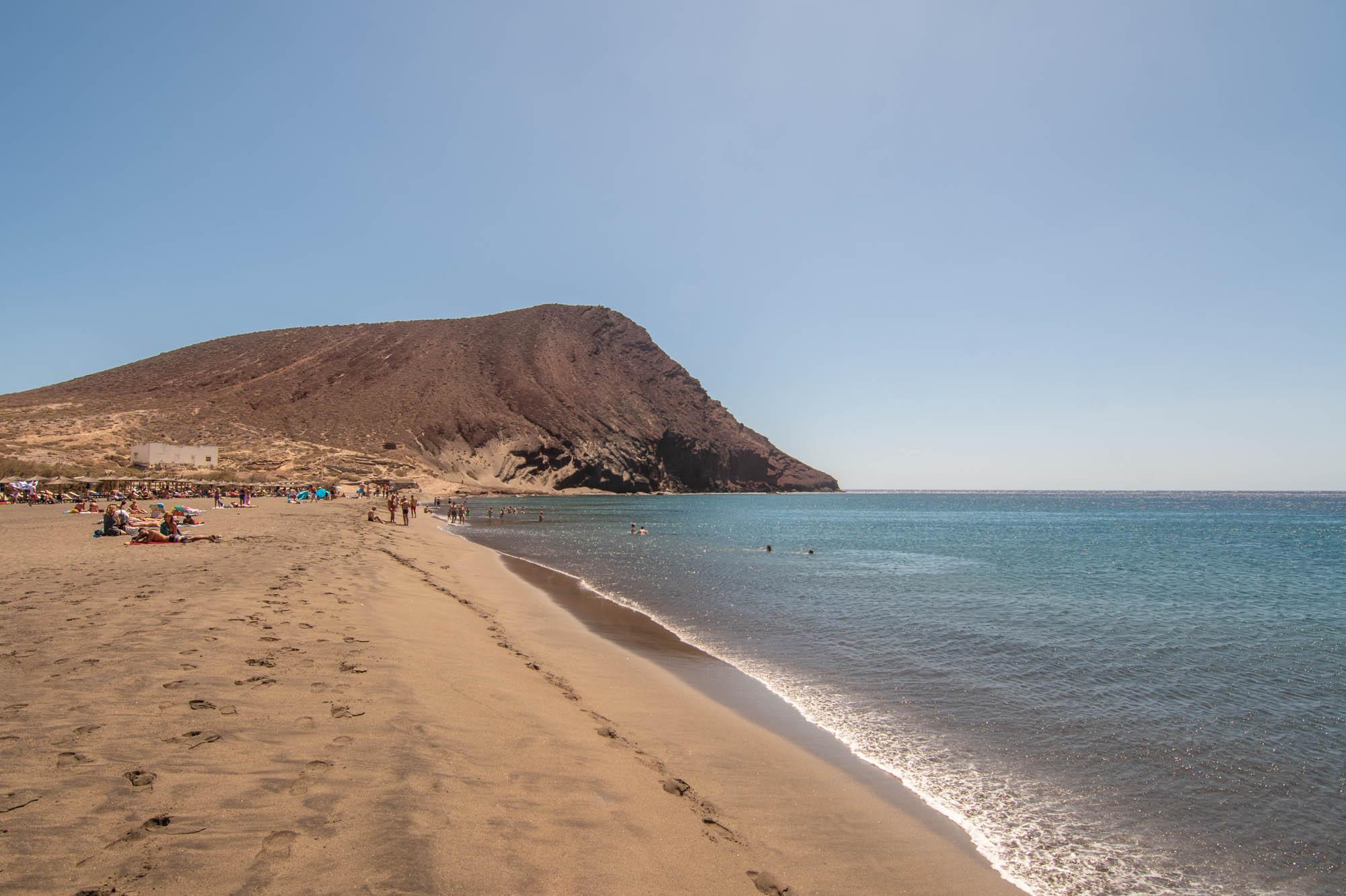 Playa de El Médano y Montaña Roja