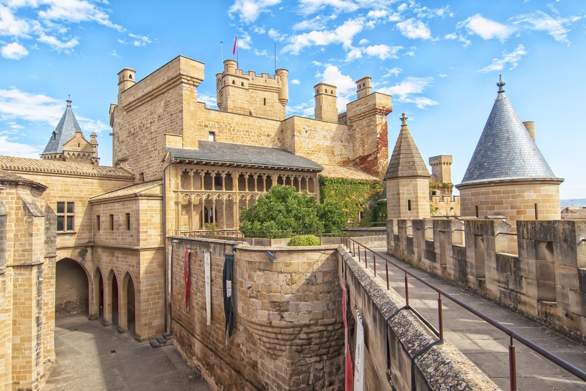 Los 10 castillos más bonitos de España - Palacio Real de Olite (Navarra)