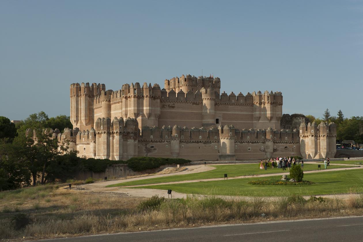 Los castillos más bonitos de España - Castillo de Coca (Segovia) / Foto:  @cylesvida