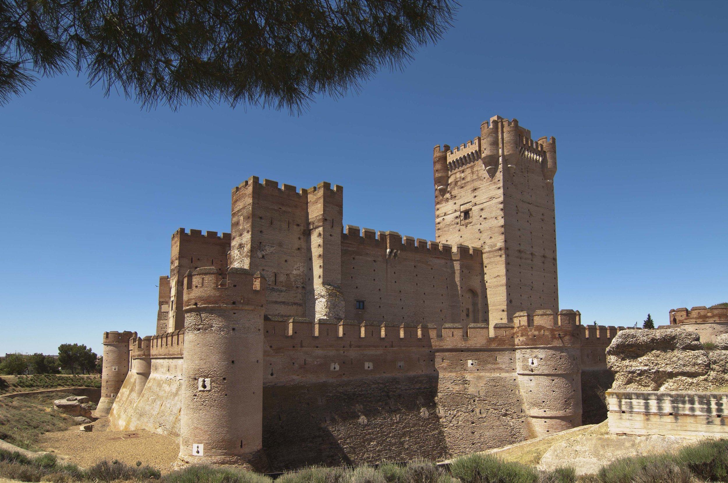 Los castillos más bonitos de España - Castillo de la Mota (Medina del Campo) / Foto:  @cylesvida