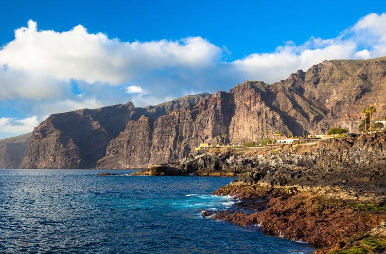 Qué ver en Tenerife - Acantilados de los Gigantes |  Foto: Eudaemon | Dreamstime.com