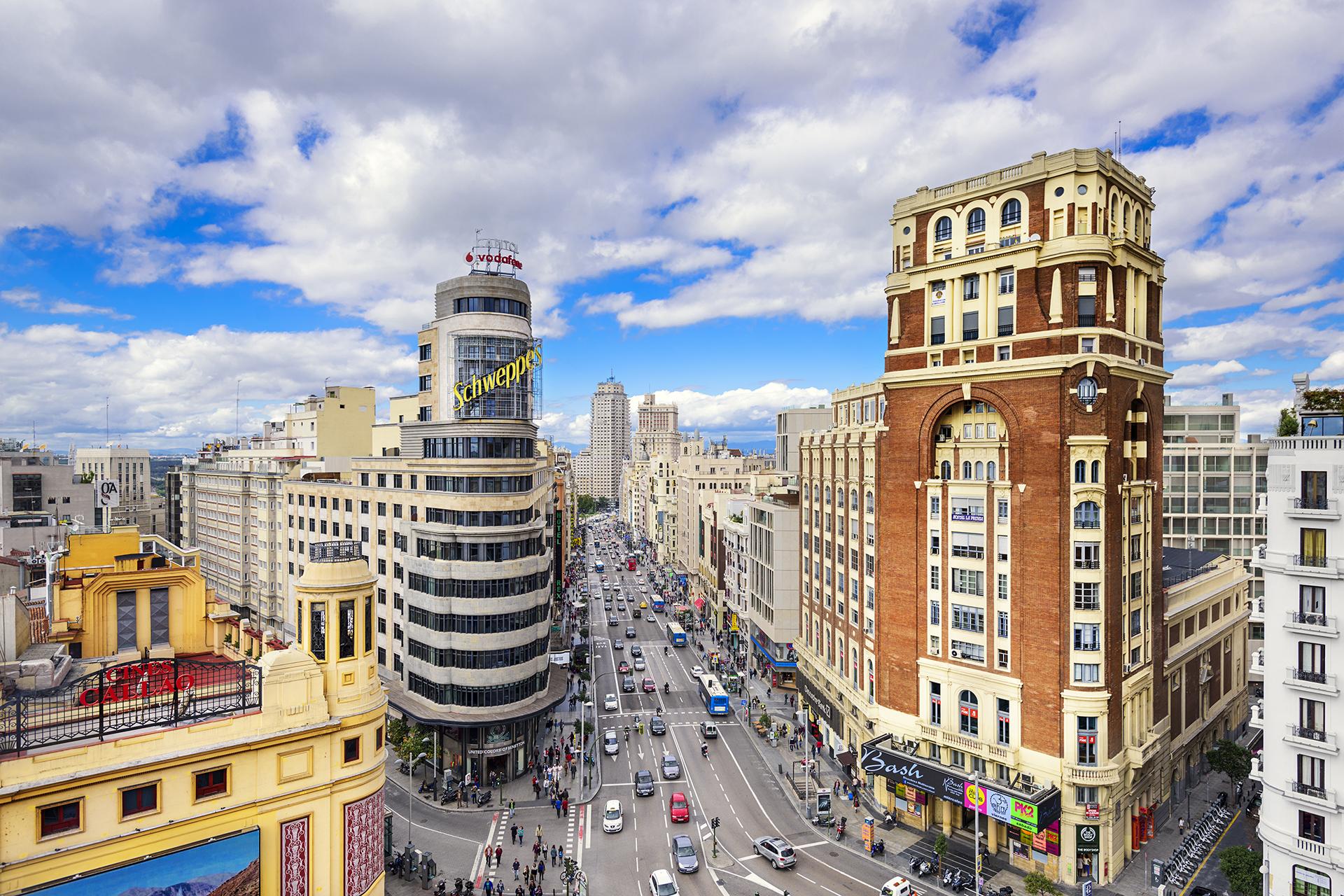 Qué ver y hacer en Madrid - Gran Vía | Foto: Sean Pavone | Dreamstime.com