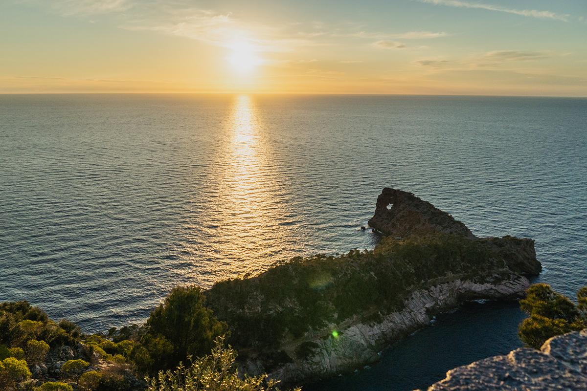 Qué ver y hacer en Mallorca - Disfrutar de un atardecer en el mar
