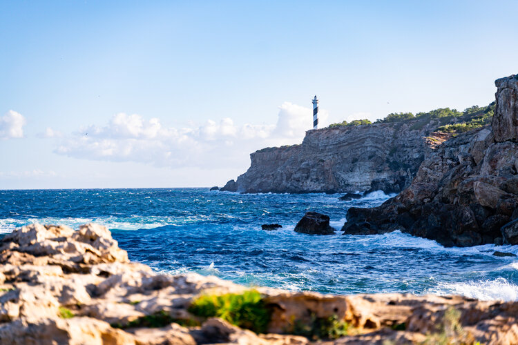 Qué ver en Ibiza - Faro de Moscarter