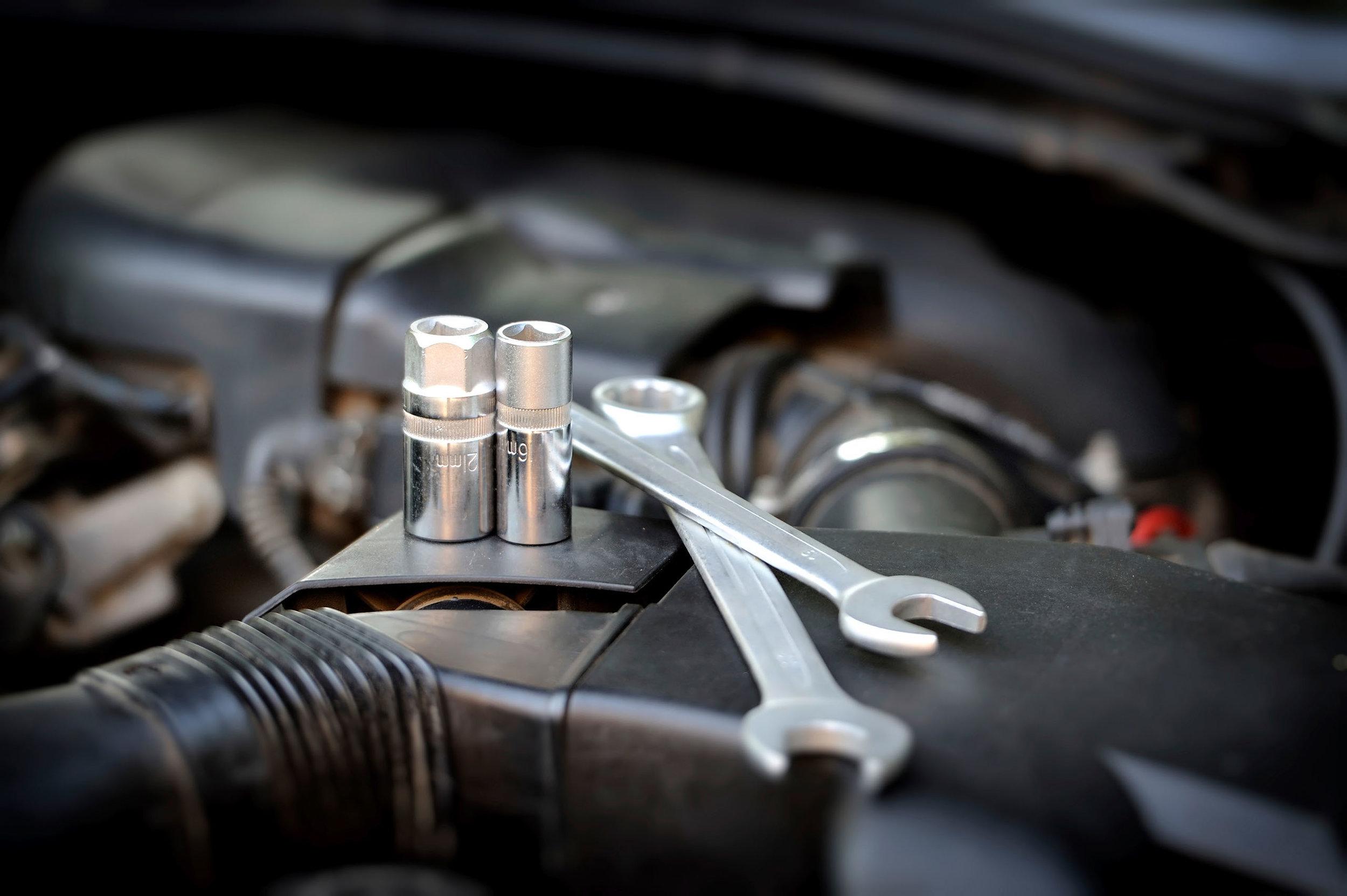 servicing-brakes.jpg