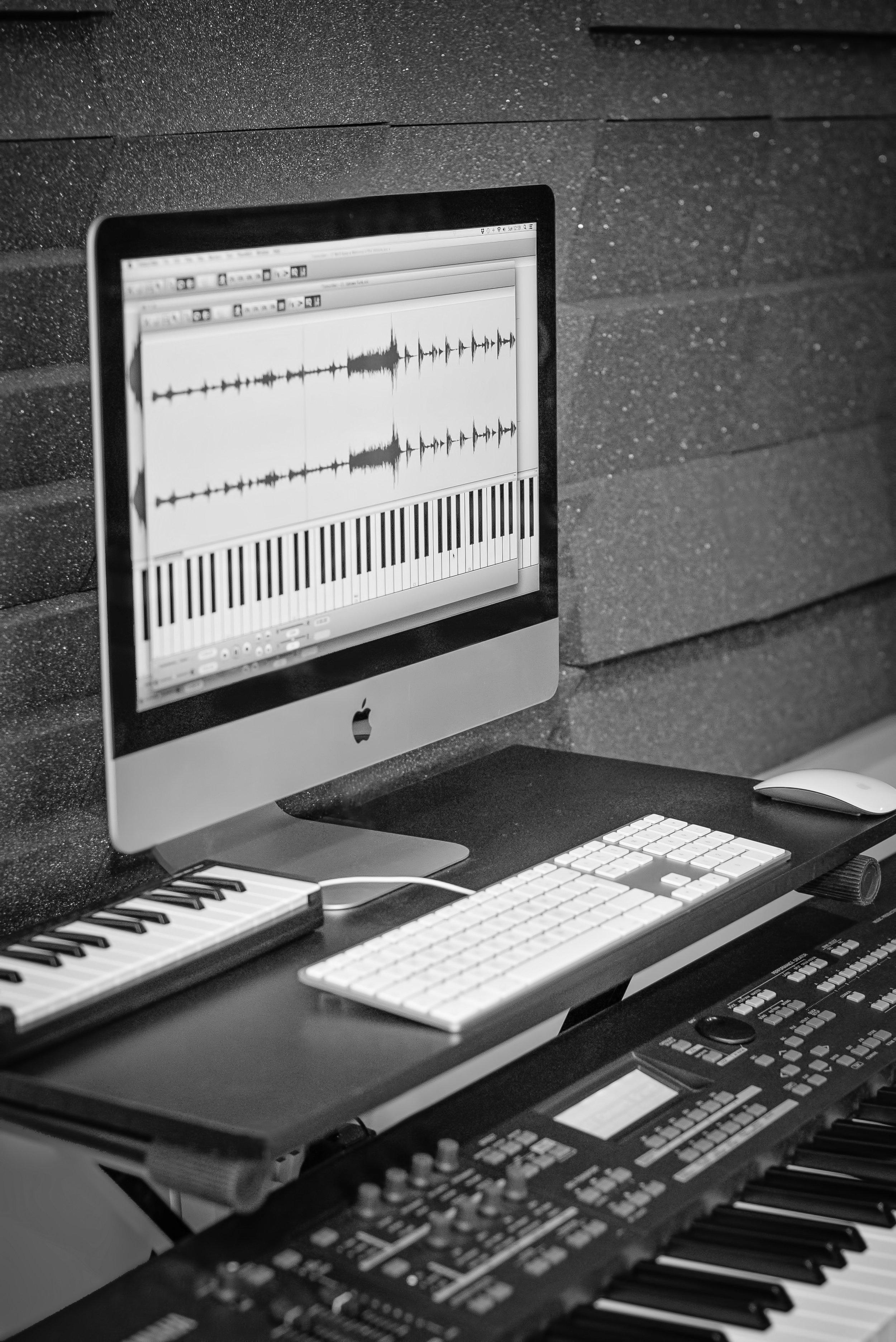 Studio-34-computer.jpg