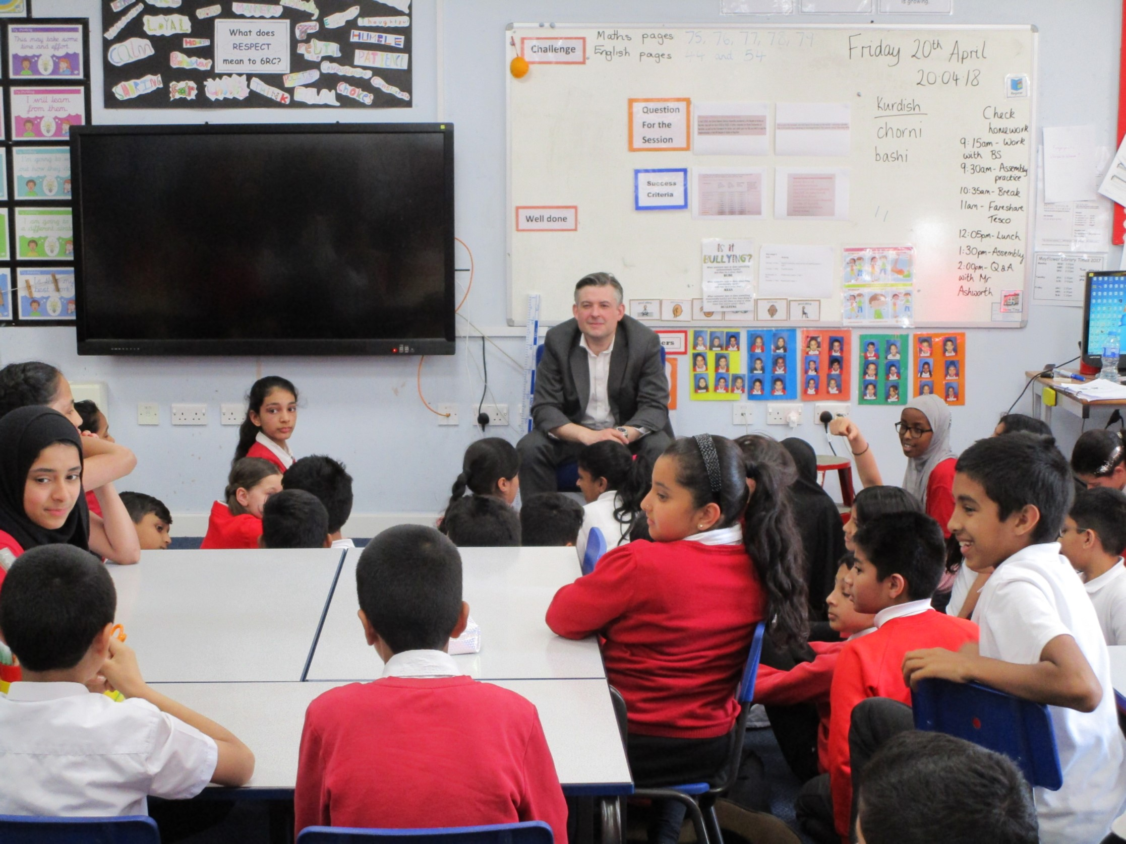 Jon Ashworth, Labour MP for Leicester South, visits Mayflower Primary as part of the 'Zero Hunger' Project and has a Q&A with Year 6 - Friday April 20 2018