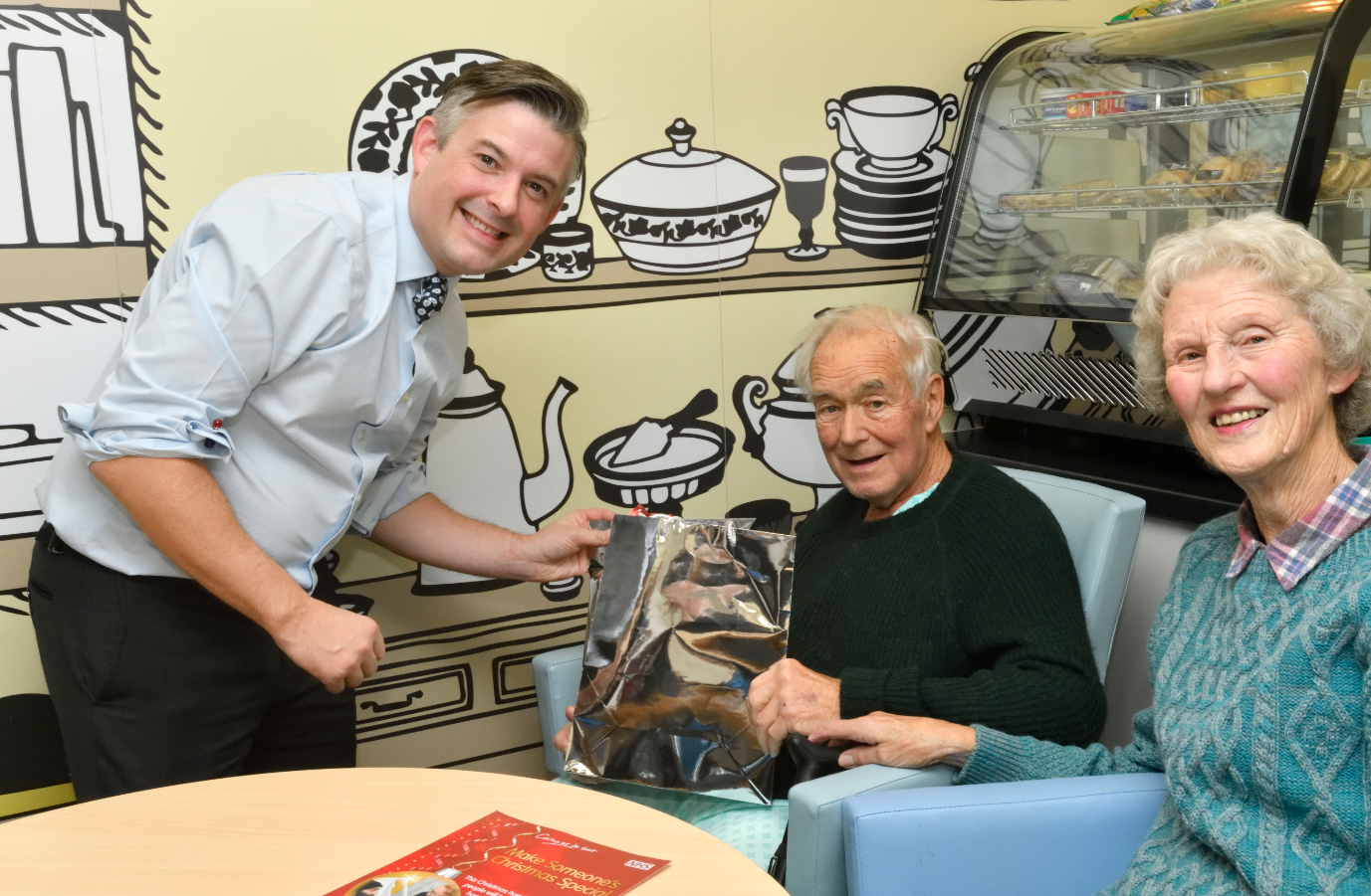 Jon visits Leicester Royal Infirmary in support of the 'Making Christmas Special' campaign - Friday November 30 2018