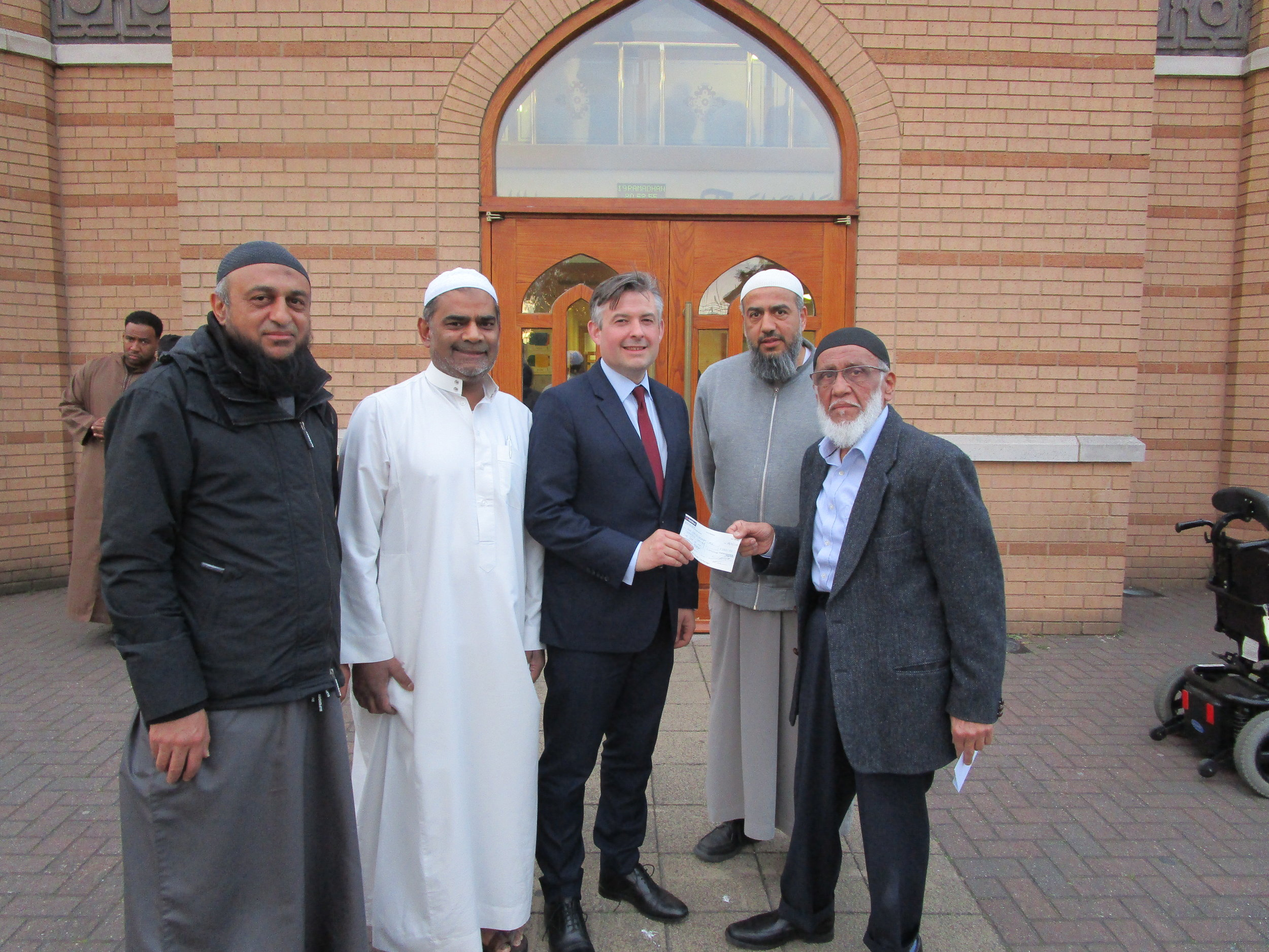 Jon visited Masjid Umar on Evington Drive which donated £1000 towards a replacement stair lift at the Leicestershire MS Therapy Centre - Friday May 24 2019