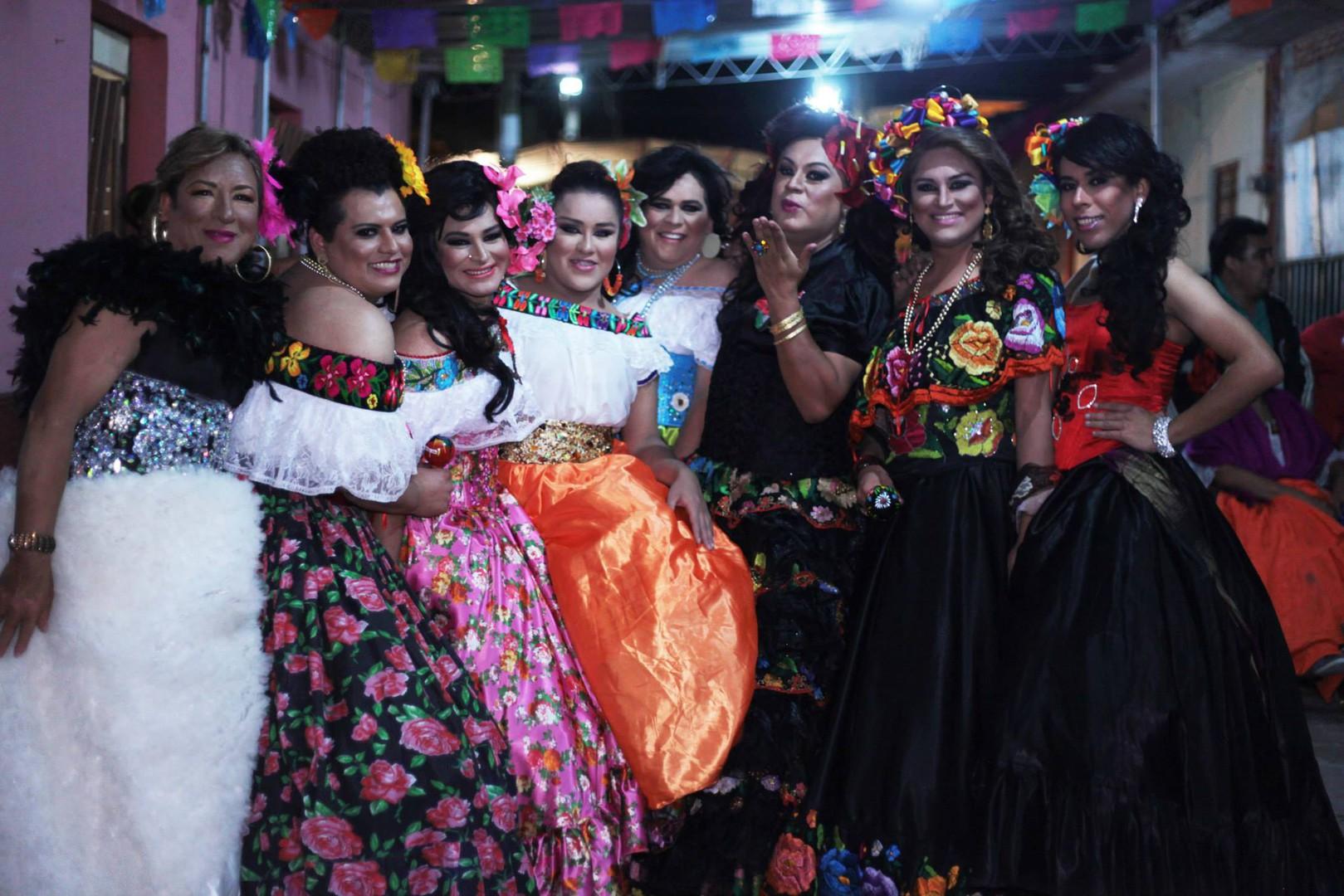 Photo 4 Chunta_dancers_1.jpg