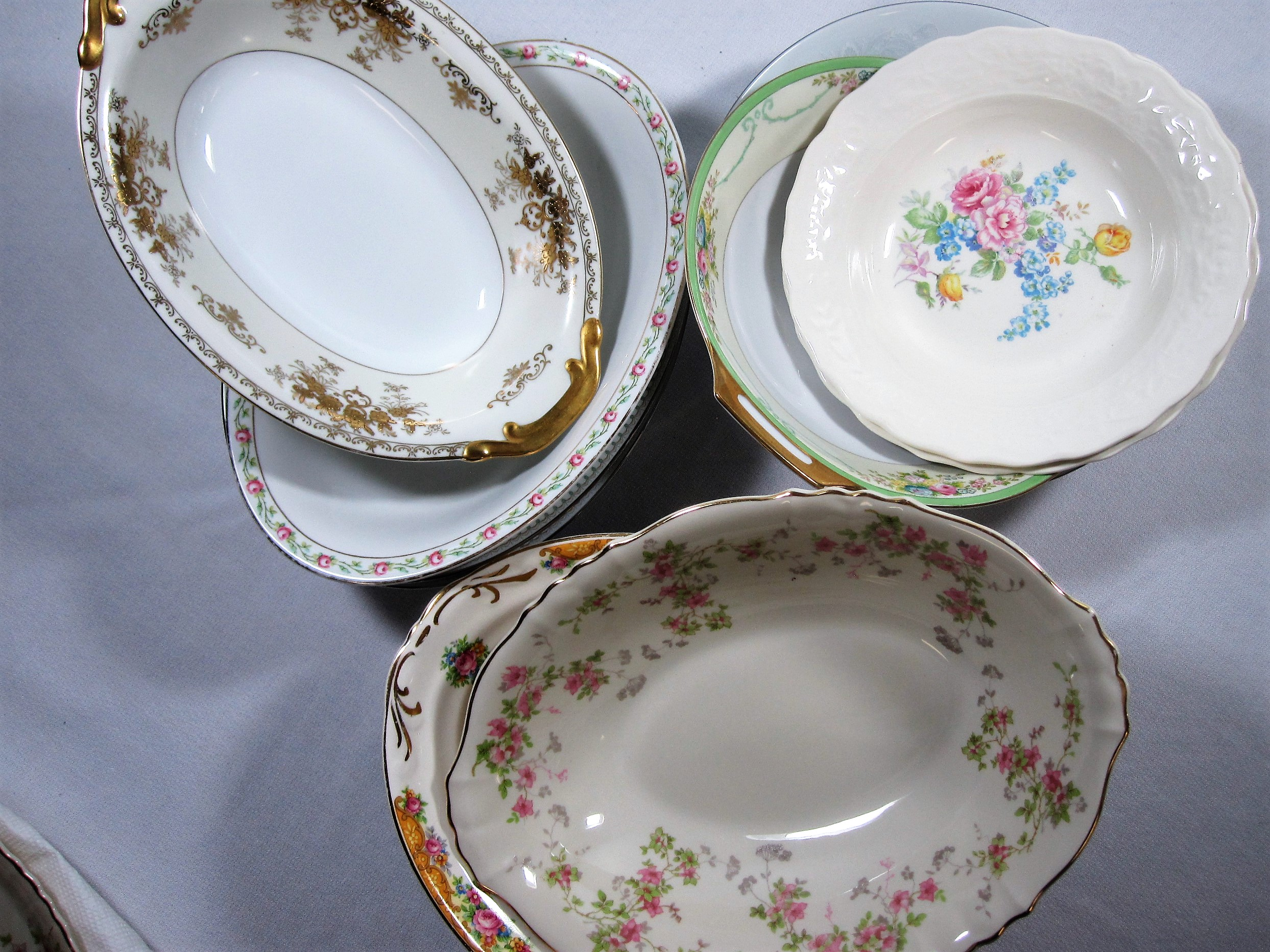 China Serving Bowls - Description ~ variety of gold and floral patterns; great for family style serviceQuantityRental Price ~ $2 - $5