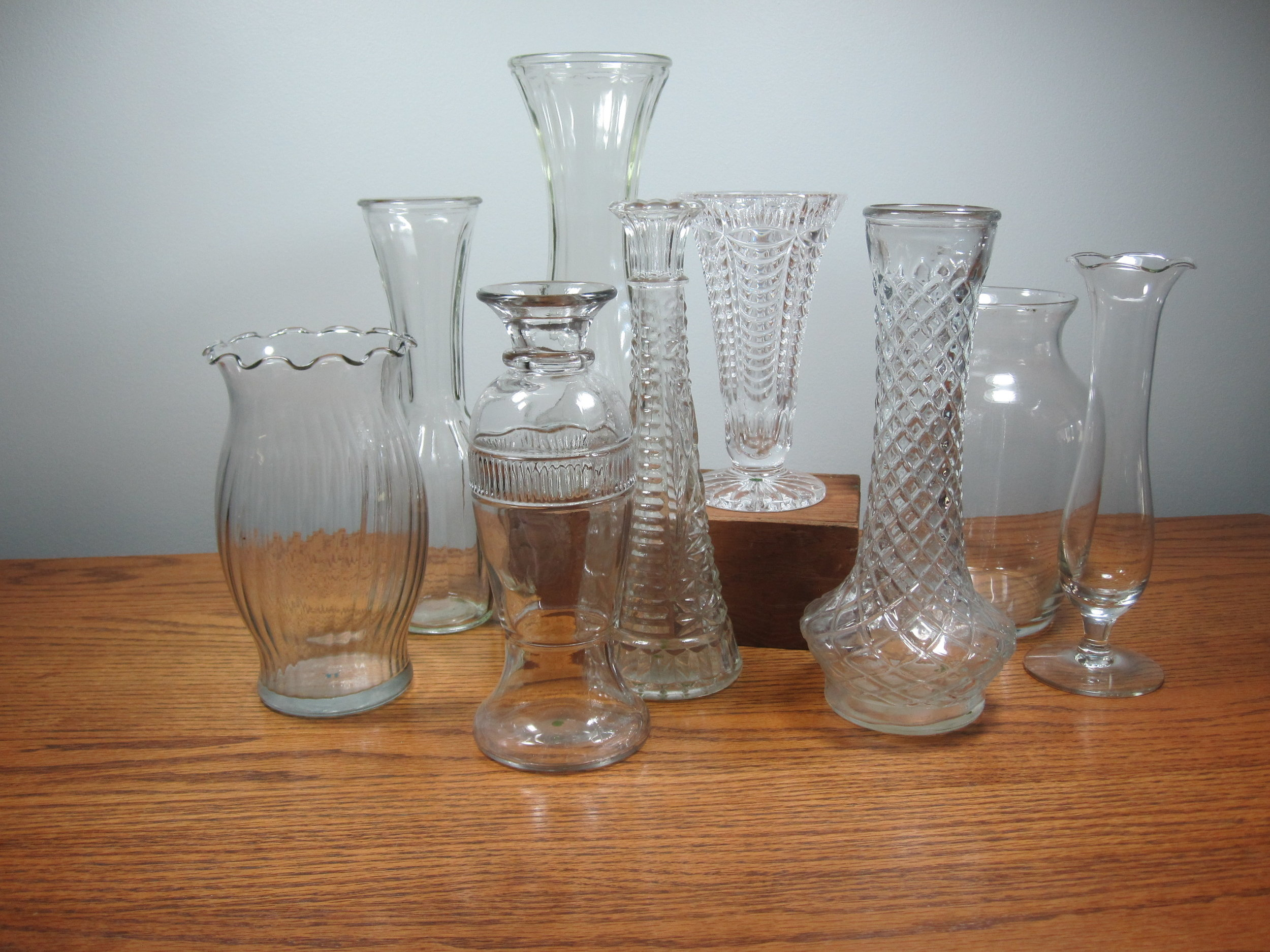 """Vases, small - Description ~ heights from 4"""" - 7""""Quantity ~ 40+Price ~ 12   $8"""