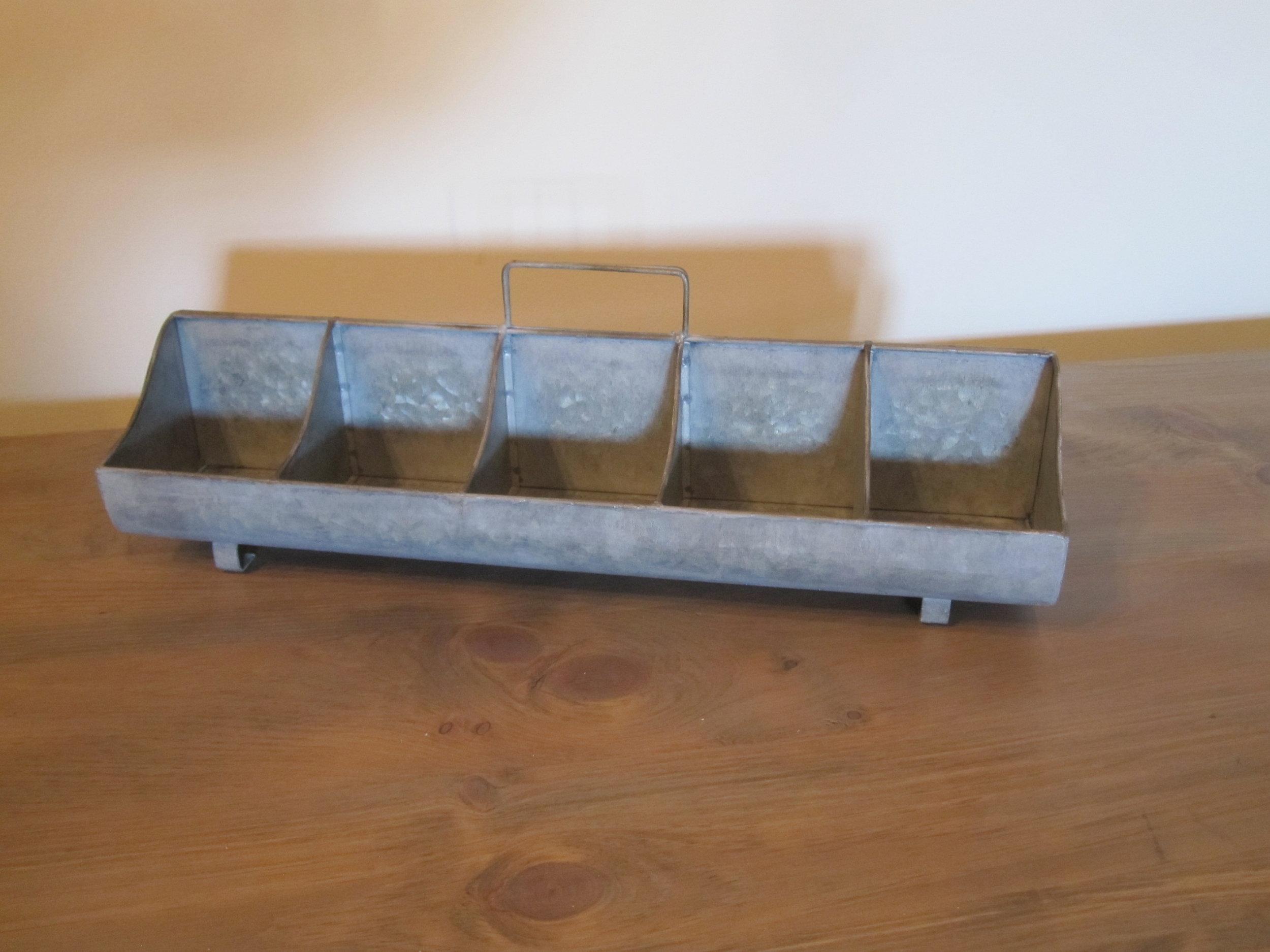 Feeder Tray - Description ~ galvanized with 10 shallow compartmentsQuantity ~ 1Rental Price ~ $8