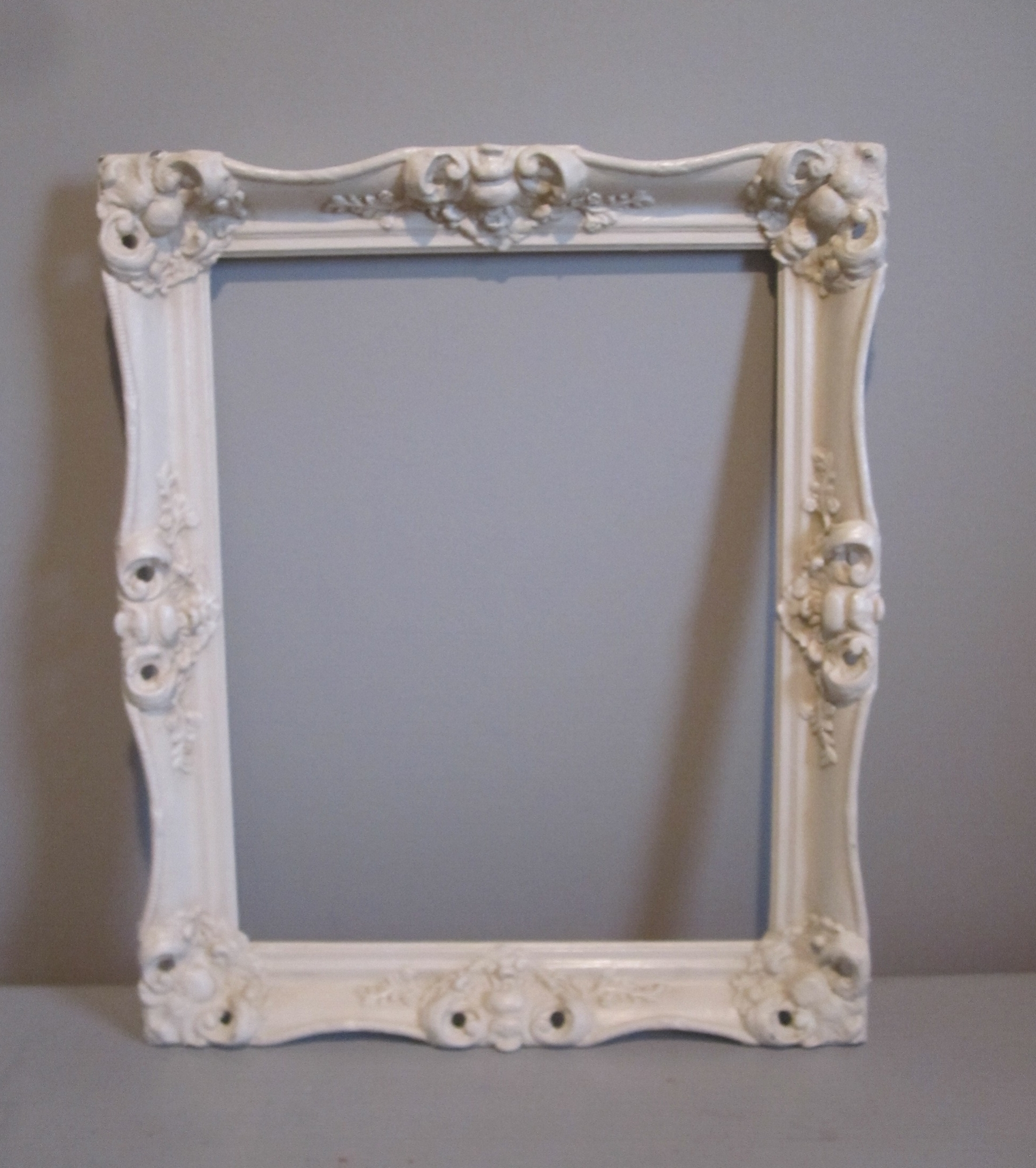 Frame, large - Description ~ large open frame: photo booth or backgroundQuantity ~ 1Rental Price ~ $8