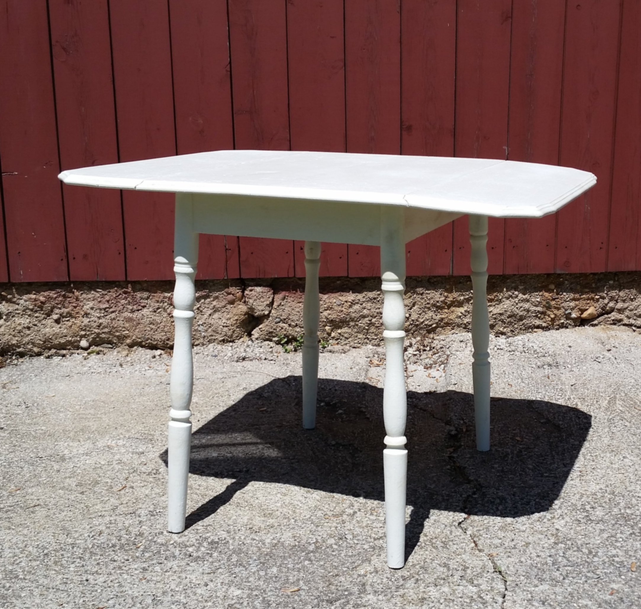 Drop Leaf Table - Description ~ small table with 2 drop leavesQuantity ~ 1Rental Price ~ $20