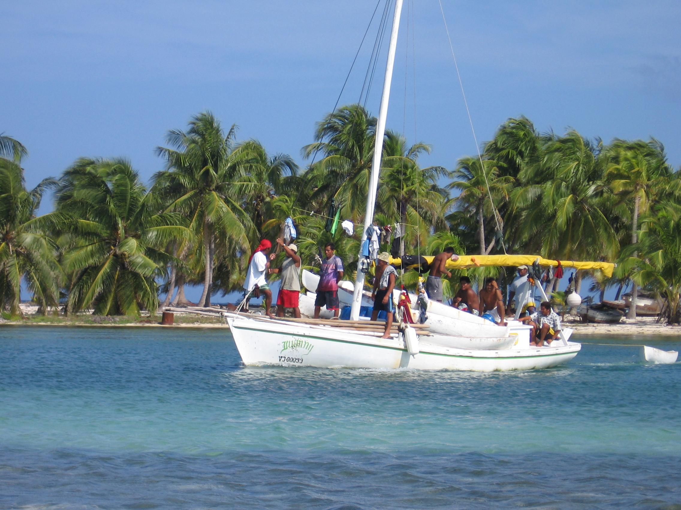 fishermen_Julie Robinson_Lighthouse Reef_Belize2007.JPG