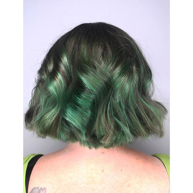 YOU'RE A FAB ONE, MS. GRINCH // The Christmas season is our busiest season! Don't be green with envy because you waited too long to book your appointment. Call or text now while appointments are available! (BEAUTIFUL Cut & Colour by the amazingly talented @bleachedbluntnbouncy )  For bookings & consultations: CALL: 780-989-0204 TEXT: 587-988-8958 . . . . #YEG #YEGMade #YEGLocal #YEGHair #YEGHairstylist #YEGStylist #YEGSalon #Edmonton #Hair #Hairstylist #HairInspo #Balayage #BehindTheChair #Olaplex #Blonde #HairGoals #Hairbrained_Official #ModernSalon #BTC #Davines #ShadesEQ #LorealINOA #BeautyBlogger #HairColour