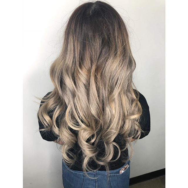 MAY YOUR DAYS BE ASHY AND BRIGHT // love this ashy balayage done by our little peanut @bleachedbluntnbouncy  For bookings & consultations: CALL: 780-989-0204 TEXT: 587-988-8958 . . . . #YEGStylist #YEGHair #YEGSalon #BehindTheChair #BehindTheChairPics #BTC #BTCPics #Yeagers #YEGSalon #KevinMurphy #Davines #RAndCo #WhyteAvenueSalon #ModernSalon #BarberShop #Selfie #HealthyHair #InstaHair #HairDo #Haircut #ColorExpert #Brunette #Blonde #LongHair #HairCare #SalonSelfie #HairSalon #Hairstylist #Balayage #Hairstyle