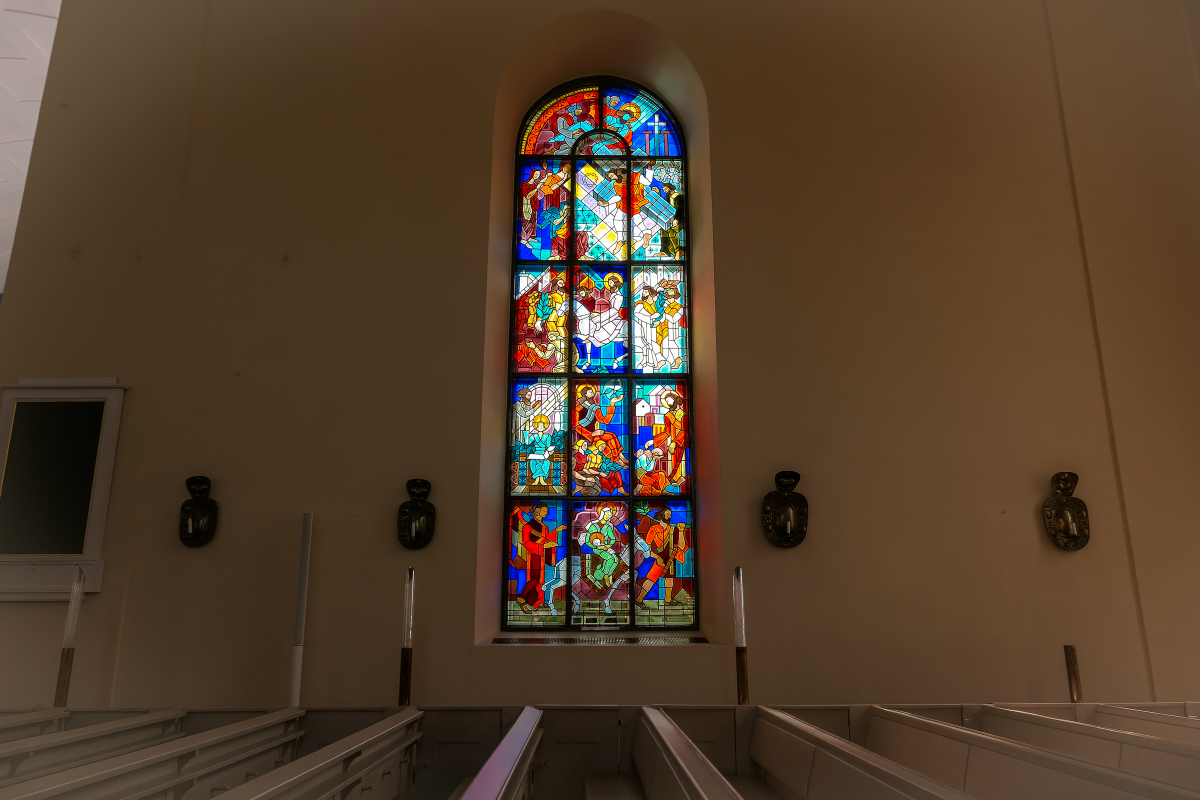 oulu cathedral window
