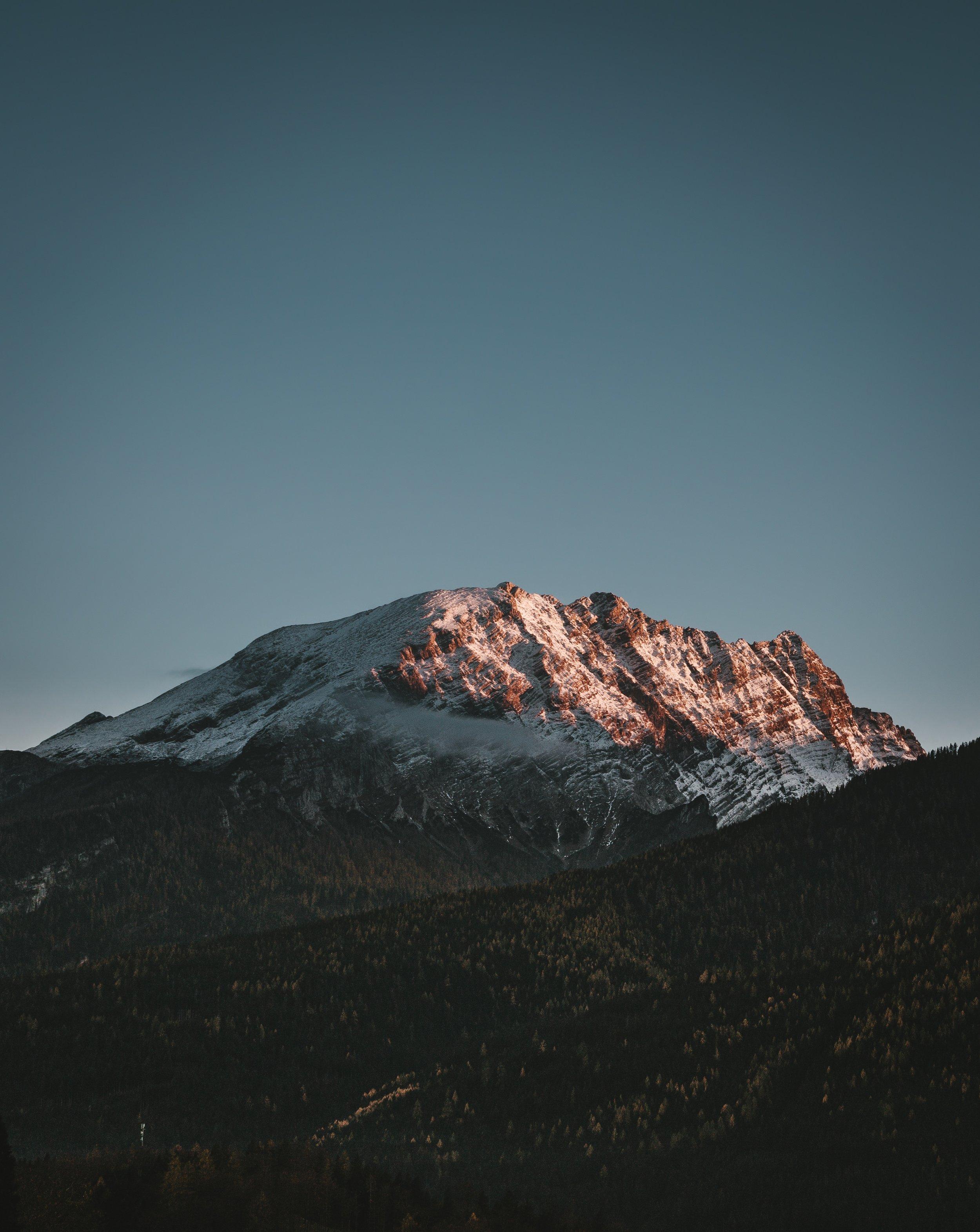alpine-mountains-sunset-hiking-mood-light-1444425-pxhere.com.jpg