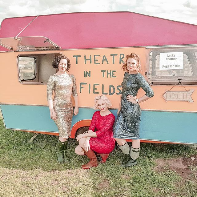 You can take the girl out of Oz, but you can't take the Oz out of the girl!  Rocking our gum boots (wellies) and sequins at @theatreinthefields this weekend. Thanks for having us!